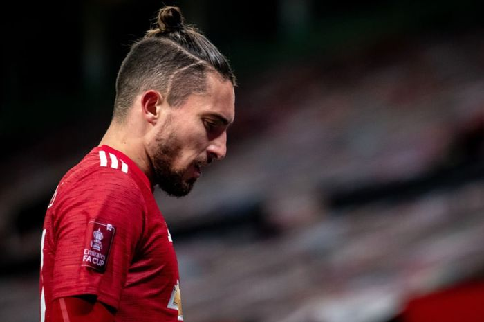 Bek kiri Manchester United, Alex Telles.