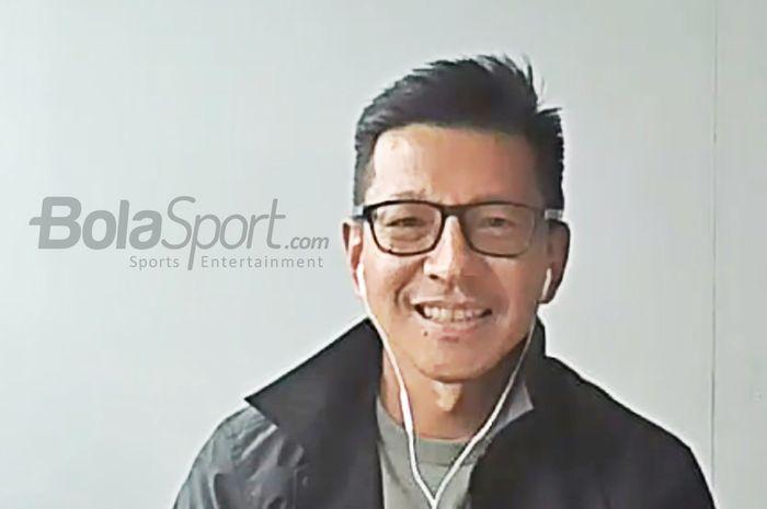 CEO Persib Bandung, Teddy Tjahjono, sedang memberikan keterangan kepada awak media dalam konferensi pers terkait turnamen pramusim bertajuk Piala Wali Kota Solo 2021, 11 Juni 2021. (Foto Virtual)