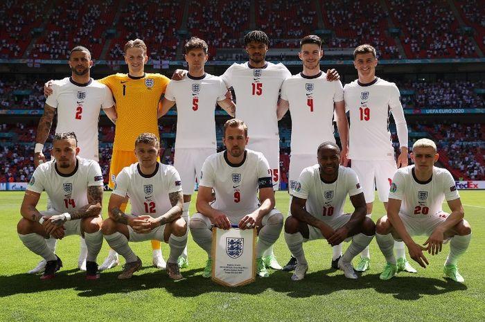Skuad timnas Inggris sebelum laga melawan Kroasia pada laga perdana EURO 2020.