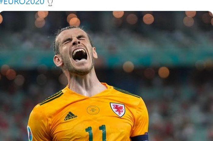 Kapten timnas Wales, Gareth Bale, merayakan kemenangan timnya atas timnas Turki dalam laga Grup A EURO 2020 di Stadion Baku Olympic, Rabu (16/6/2021).