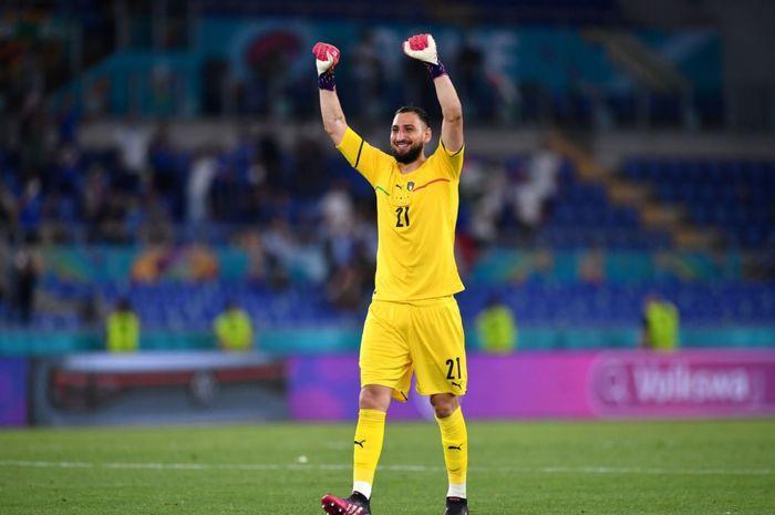 Kiper timnas Italia, Gianluigi Donnarumma, beprotensi meraih rekor nirbobol di level pertandingan Piala Eropa.