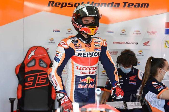 Marc Marquez (Repsol Honda) bersiap melakukan FP MotoGP Jerman 2021 di Sirkuit Sachsenring.