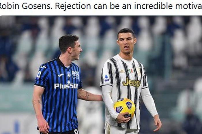 Bek kiri Atalanta, Robin Gosens, menyapa megabintang Juventus, Cristiano Ronaldo.