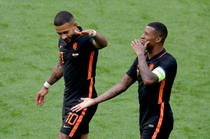 Aksi dua bintang Belanda, Memphis Depay dan Georginio Wijnaldum, dalam laga kontra Makedonia Utara pada EURO 2020.