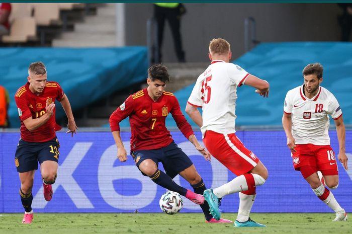 Timnas Spanyol mengamuk kala melawan Slovakia, sementara laga pamungkas Grup F EURO dihiasi dengan skor identik.