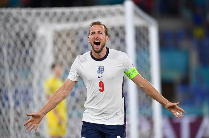 Harry Kane saat merayakan golnya bersama timnas Inggris.