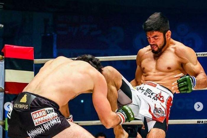 Monster MMA yang ogah bergabung dengan UFC, Roberto Satoshi dalam sebuah pertarungnnya di ajang RIZIN.