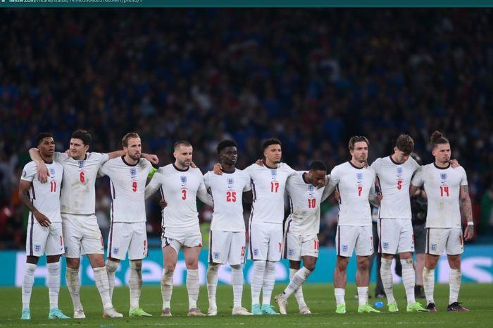 Momen para pemain timnas Inggris menghadapi adu penalti kala melawan timnas Italia di final EURO 2020.