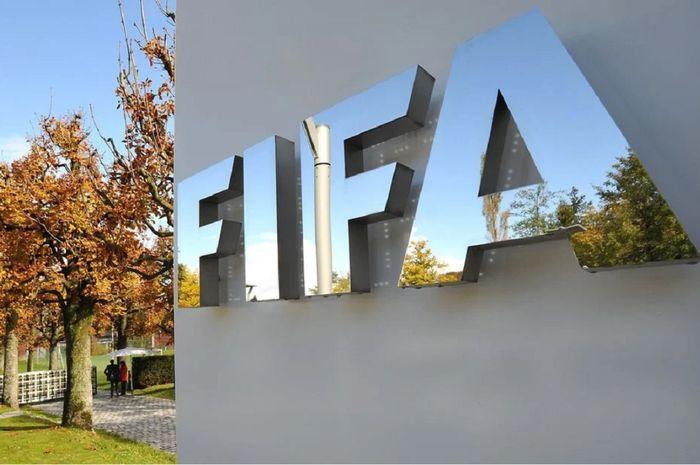 FIFA ingin melakukan perubahan radikal dalam sepak bola, seperti mengurangi menit bermain dan mengganti model lemparan ke dalam.