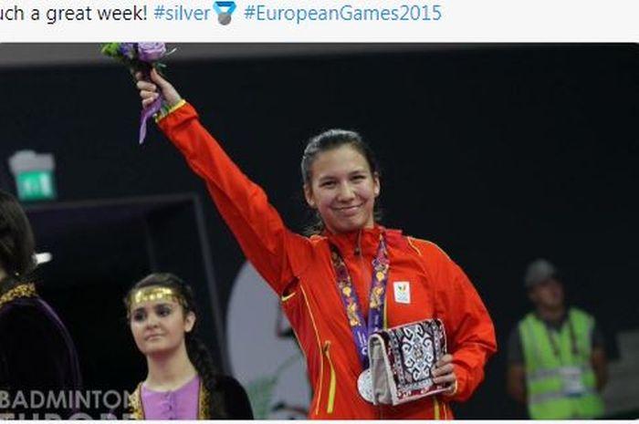 Pebulu tangkis tunggal putri Belgia berdarah Indonesia, Lianne Tan, saat meraih medali Perak di ajang European Games pada tahun 2015.