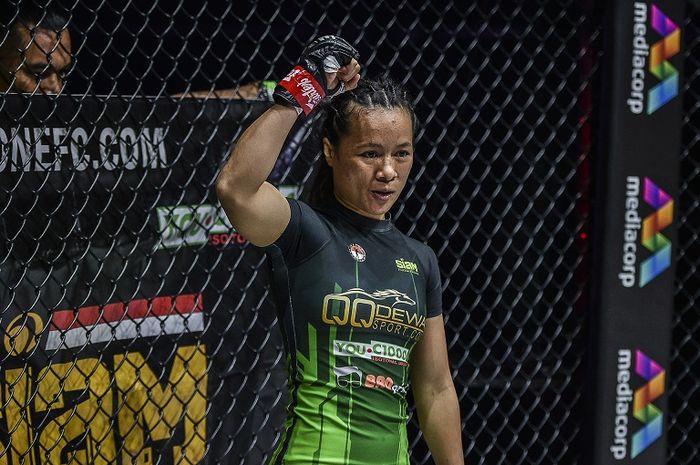 Petarung ONE Championship asal Indonesia, Priscilla Hertati Lumban Gaol.