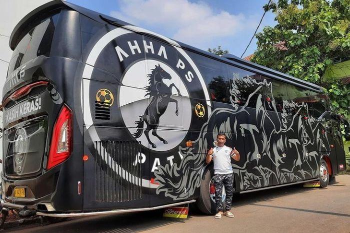 Bus pribadi milik AHHA PS Pati FC