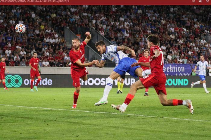 Eks Manchester City tampil ganas dalam laga pramusim dan membuat Liverpool harus takluk dari klub papan bawah Bundesliga, Hertha Berlin.