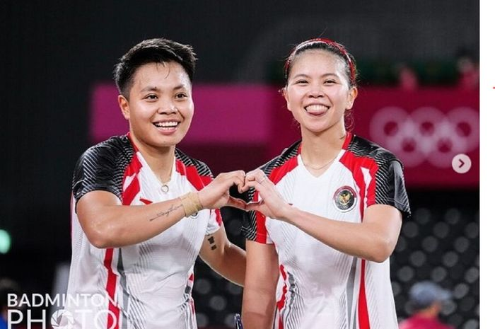 Ganda putri Indonesia Apriyani Rahayu dan Greysia Polii tampil sangat bersemangat di Olimpiade Tokyo 2020.