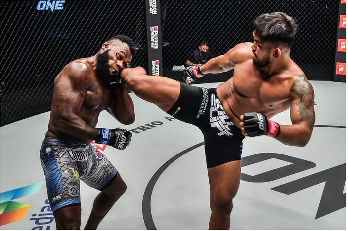 Duel Aung La Nsang vs Leandro Ataides di ONE Championship: Battleground, Jumat (30/7/2021) di Singapura.