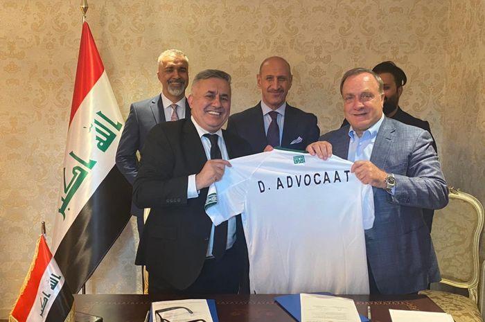 Pelatih legendaris Belanda, Dick Advocaat ditunjuk menjadi pelatih kepala timnas Iraq.