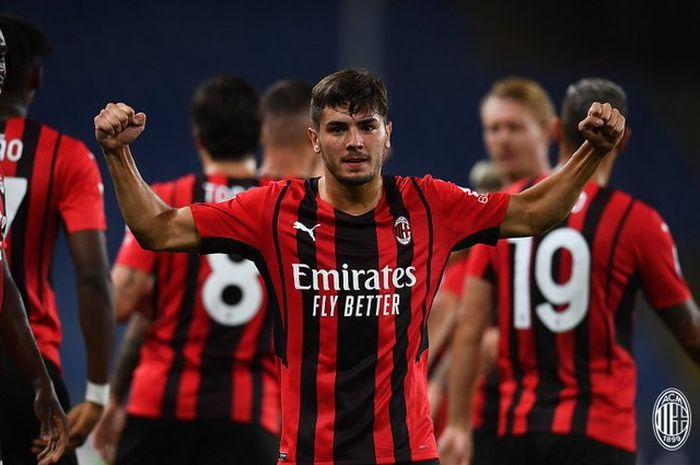 Pemain buangan Real Madrid, Brahim Diaz, mencetak gol untuk membuat AC Milan unggul atas Sampdoria di babak pertama.