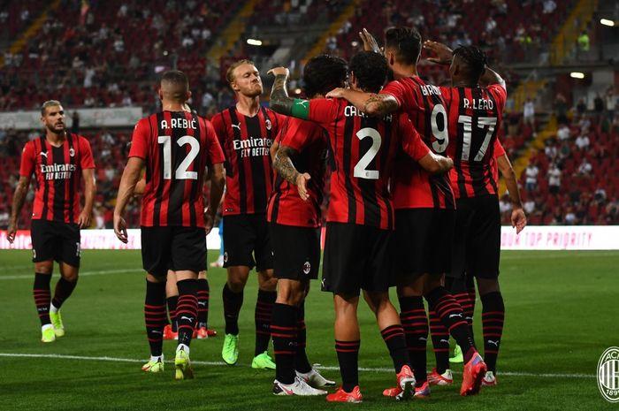Skuad AC Milan pada laga pramusim 2021-2022.