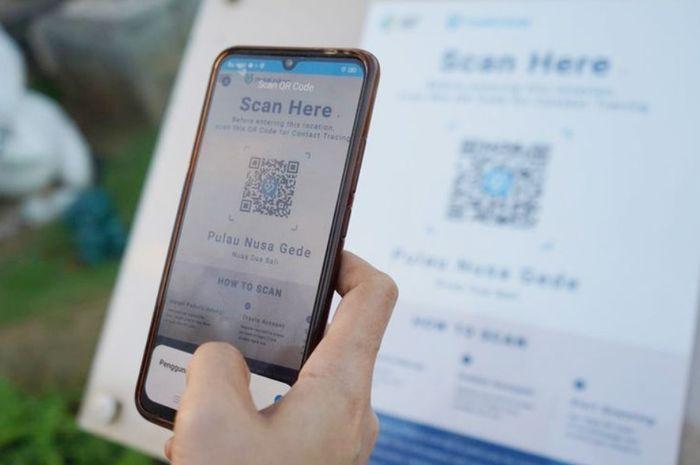 ILUSTRASI Aplikasi PeduliLindungi saat scan barcode.