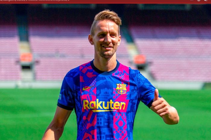 Penyerang anyar Barcelona, Luuk de Jong.