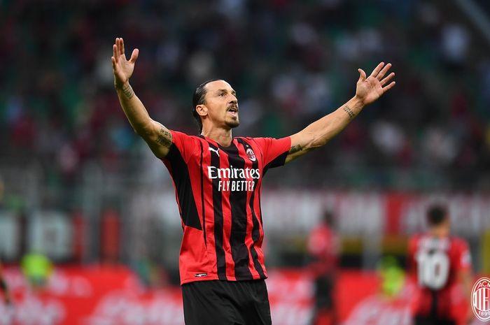 Zlatan Ibrahimovic melakukan comeback manis dengan mencetak gol ke gawang Lazio pada laga pekan ketiga Liga Italia  2021-2022.