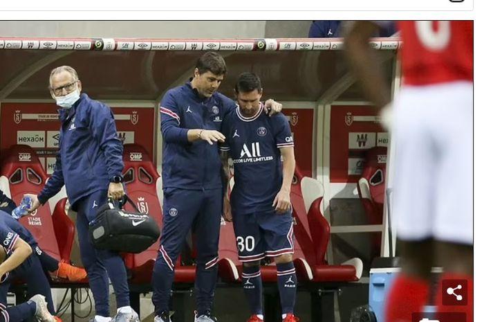 Mauricio Pochettino bersama Lionel Messi.