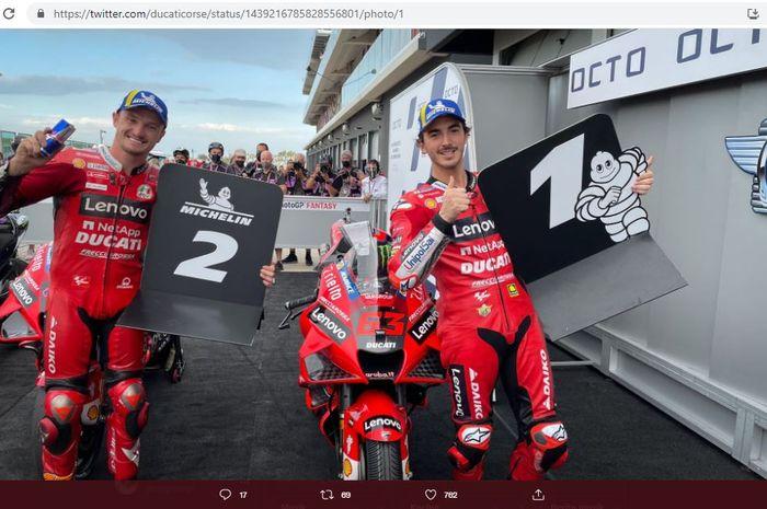 Jack Miller (kiri) dan Francesco Bagnaia (kanan), keduanya merupakan pembalap Ducati Lenovo,  setelah sesi kualifikasi MotoGP San Marino 2021 di Sirkuit Misano, Italia, Sabtu (18/9/2021).