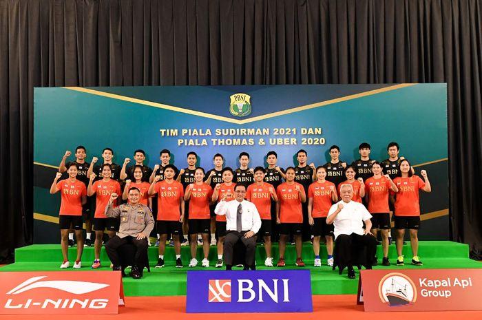 Skuad bulu tangkis Indonesia yang akan berlaga pada Piala Sudirman 2021 dan Thomas-Uber Cup 2020.