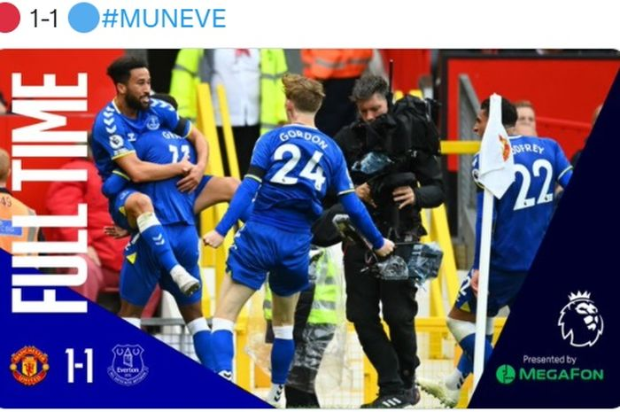 Manchester United melawan Everton.