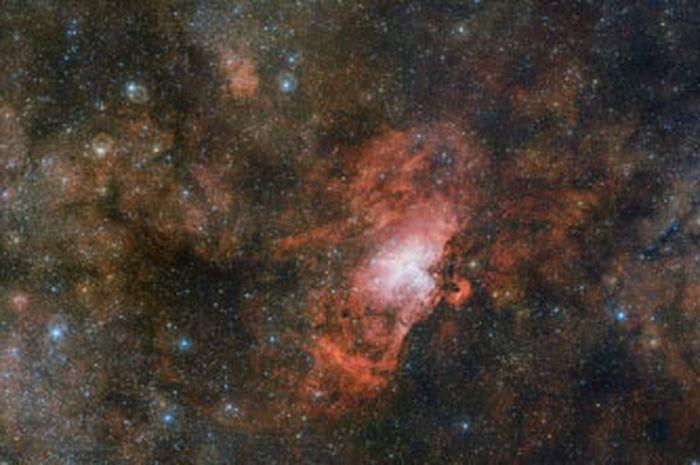 Tiga nebula dipotret dari teleskop ESO di Cile
