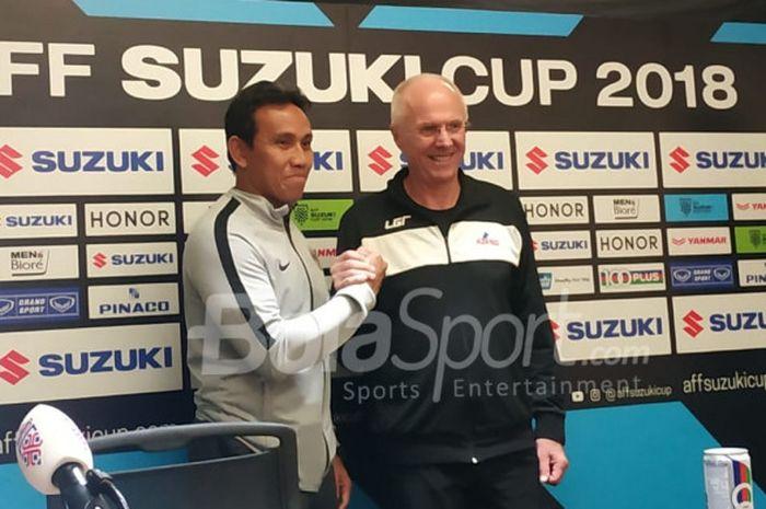 Pelatih timnas Indonesia dan timnas Filipina, Bima Sakti serta Sven-Goran Eriksson dalam jumpa pers di ruang media Stadion Utama Gelora Bung Karno (SUGBK), Sabtu (24/11/2018)