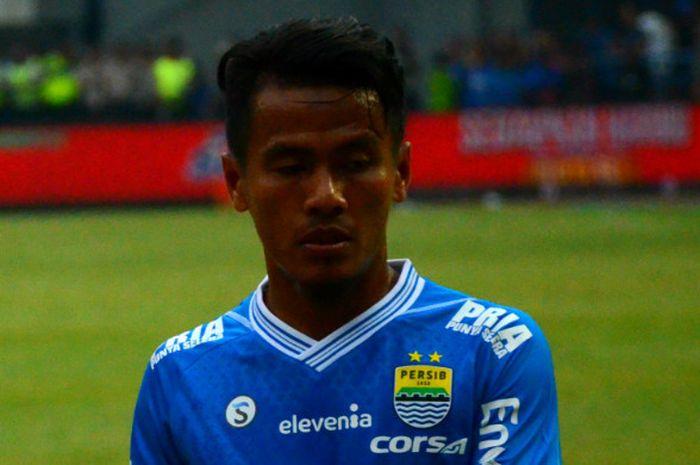 Gelandang Persib Bandung, Ghozali Siregar.