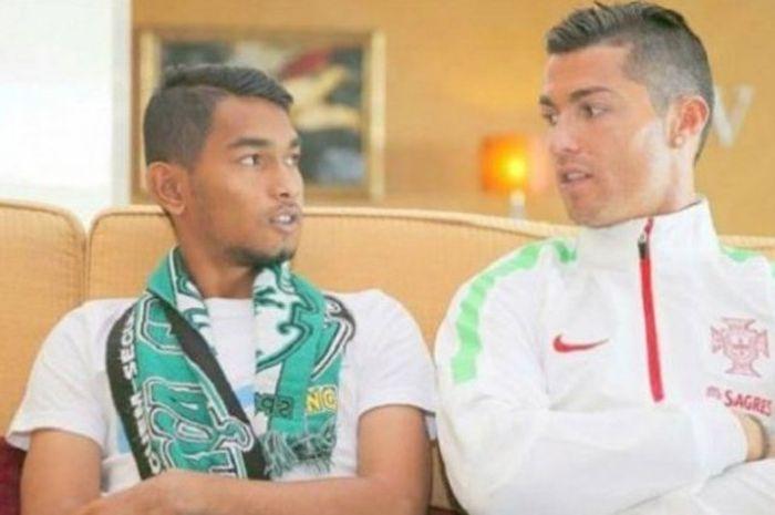 Martunis (kiri) dan Cristiano Ronaldo (kanan), saat keduanya bercengkerama di hotel tempat menginap