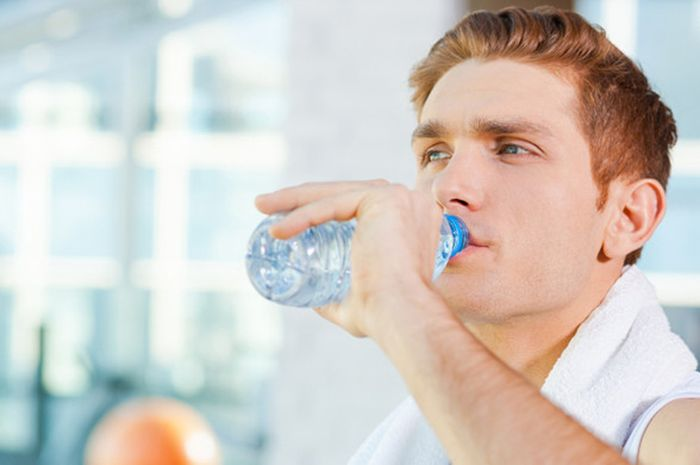Benarkah Kita Tidak Boleh Minum Air Dingin Setelah Berolahraga? Ini Faktanya!