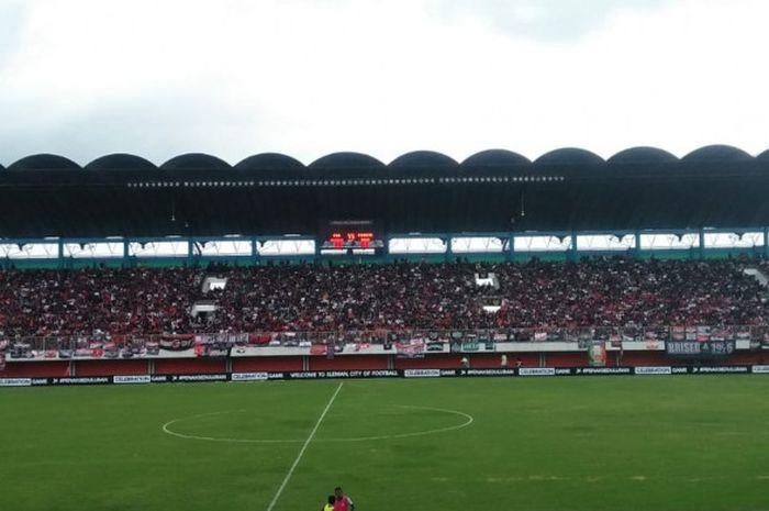 Laga bertajuk Celebration Games antara PSS Sleman kontra Persis Solo di Stadion Maguwoharjo, Sleman,