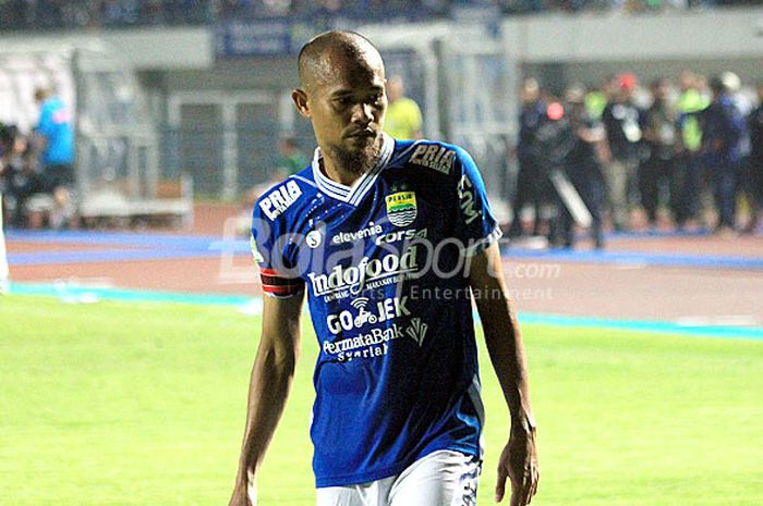 Kapten Persib Bandung, Supardi Nasir, saat tampil pada pekan ke-10 Liga 1 2018 melawan Persipura Jayapura (12/5/2018) di Gelora Bandung Lautan Api.