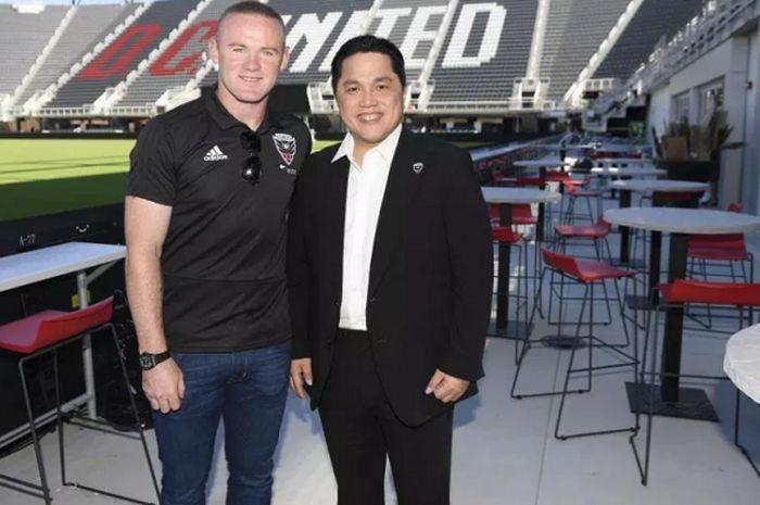 Wayne Rooney bersama Erick Thohir ketika diperkenalkan di depan publik DC United.