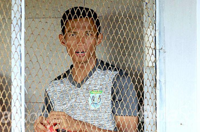 Bek Persela Lamongan, Eky Taufik, saat berlatih menjelang laga ajang Suramadu Super Cup 2018.