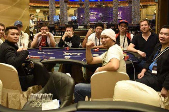 Pakai Berbagai Macam Strategi 64 Pemain Lolos Ke Day 3 Boyaa Poker Tour Bolasport Com