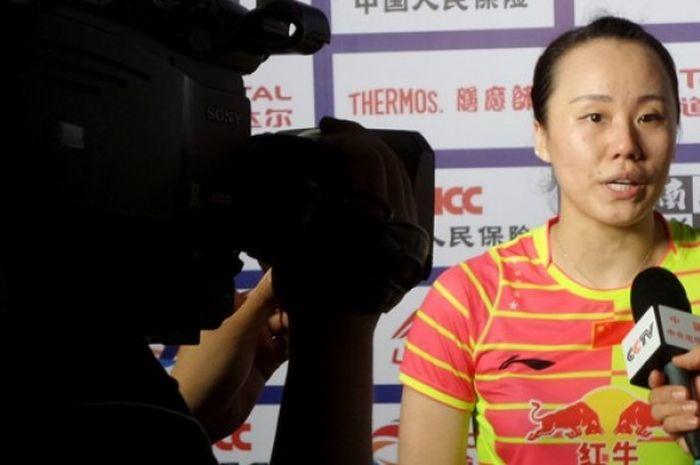 Pemain ganda putri China, Zhao Yunlei, usai kalah 21-16, 17-21, 23-25 dari pasangan Korea Selatan,