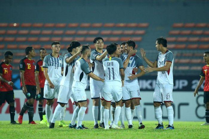 Timnas Filipina merayakan gol ke gawang timnas Timor Leste pada laga Grup B Piala AFF 2018 di Stadion Kuala Lumpur, Malaysia, Sabtu (17/11/2018).