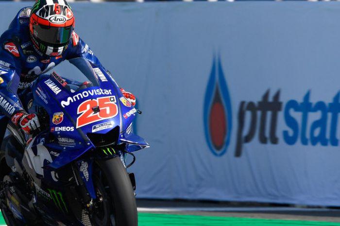 Pebalap Movistar Yamaha, Maverick Vinales, mencetak waktu lap terbaik keempat saat kualifikasi MotoGP Thailand di Sirkuit Buriram, Thailand, Sabtu (6/10/2018).