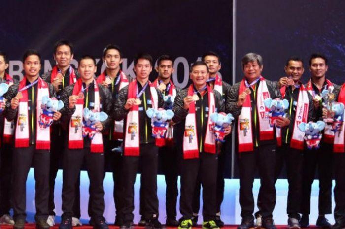 Tim Indonesia saat  berhasil meraih medali perunggu pada Piala Thomas 2018 yang digelar di Impact Arena, Thailand.