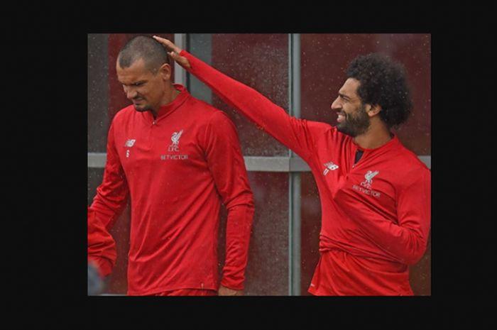 Dejan Lovren (kiri) dan Mohamed Salah (kanan) saat berlatih bersama Liverpool.