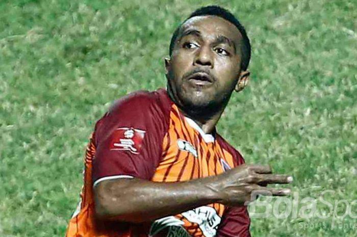 Ekspresi Terens Puhiri (Borneo FC) dalam pertandingan Liga 1.