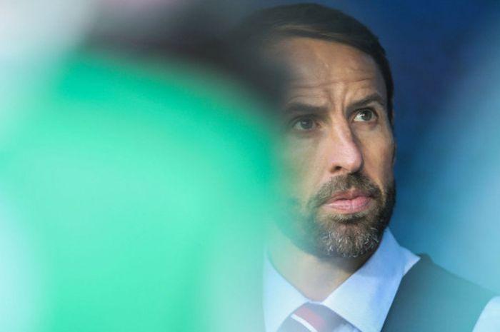 Pelatih timnas Inggris, Gareth Southgate, memantau laga antara Inggris dan Belgia di Stadion Kaliningrad, Rusia, 28 Juni 2018.