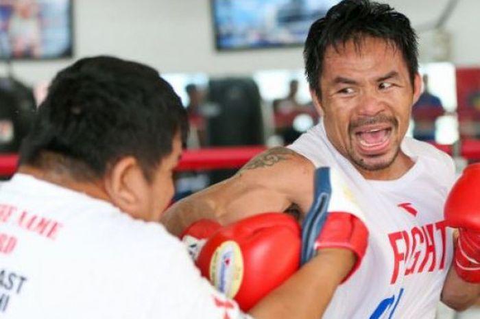 Petinju berkebangsaan Filipina, Manny Pacquiao, menceritakan soal pelatihnya terdahulu yaitu Freddie Roach.