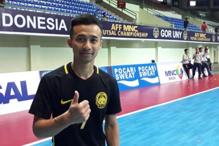 Kapten timnas futsal Malaysia, Mohd Khairul Effendy saat pembagian penghargaan gelar Piala AFF Futsal 2018.