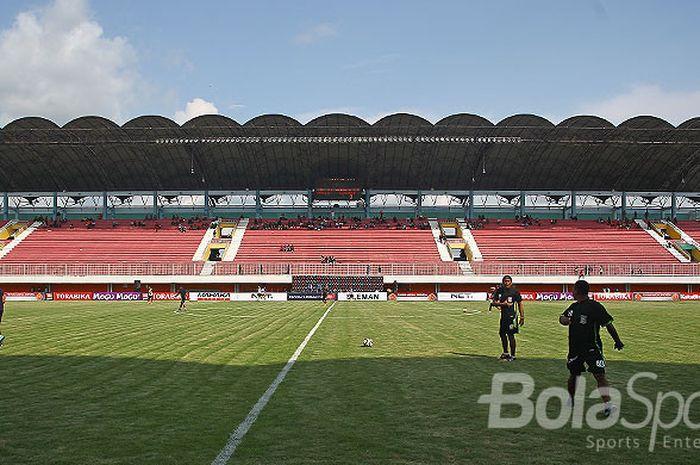 Stadion Maguwoharjo, Sleman, Jawa Tengah.