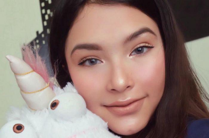 video gadis cantik ini dikabarkan dekat dengan ryuji utomoSiapakah Gadis Cantik Yang Bersama Long #20